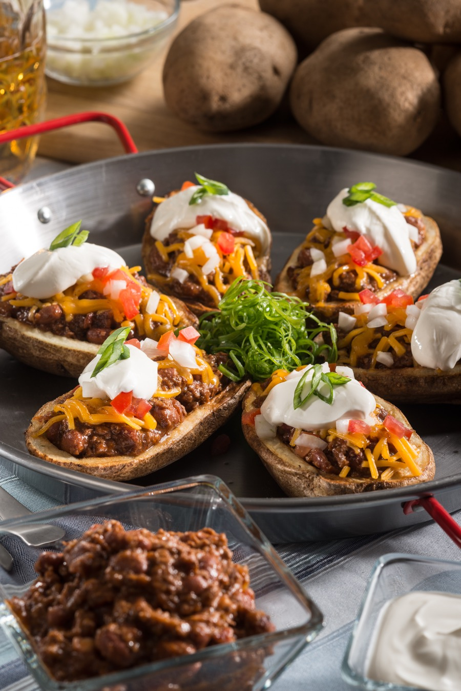 chili-stuffed-potato-skins-2